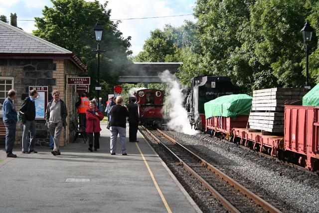 Llanwnda: the Welsh Highland Railway at Dinas