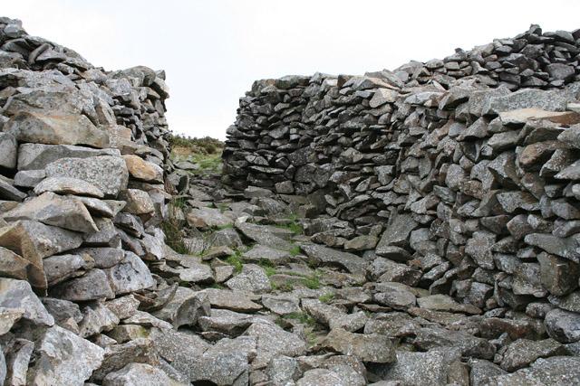 Llanaelhaearn: main entrance to Tre'r Ceiri