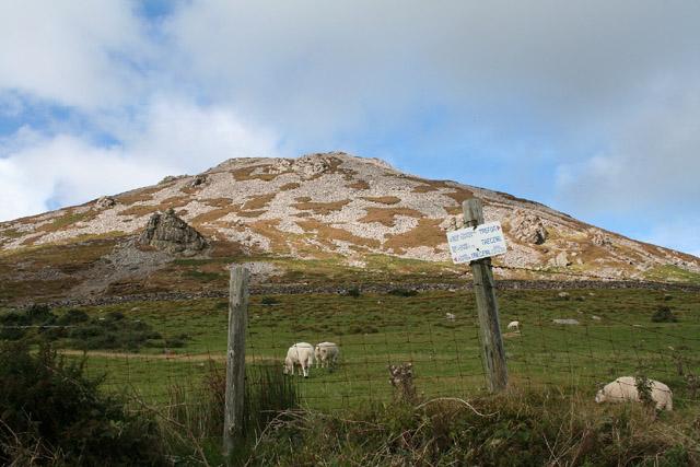Llanaelhaearn: Tre'r Ceiri