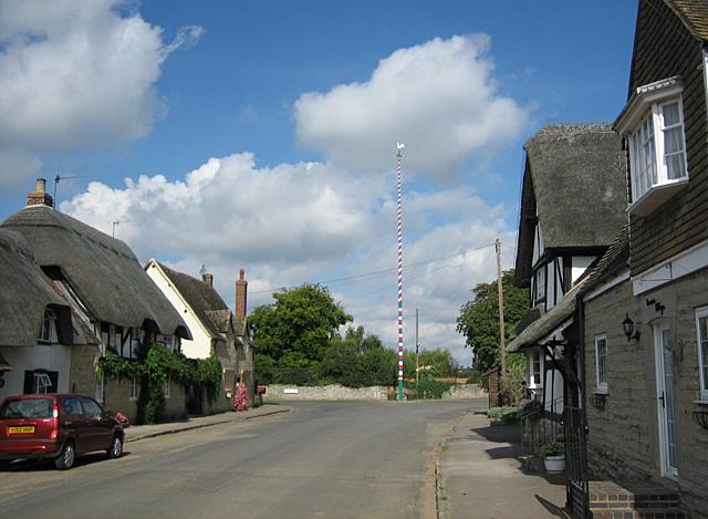 Maypole at Offenham