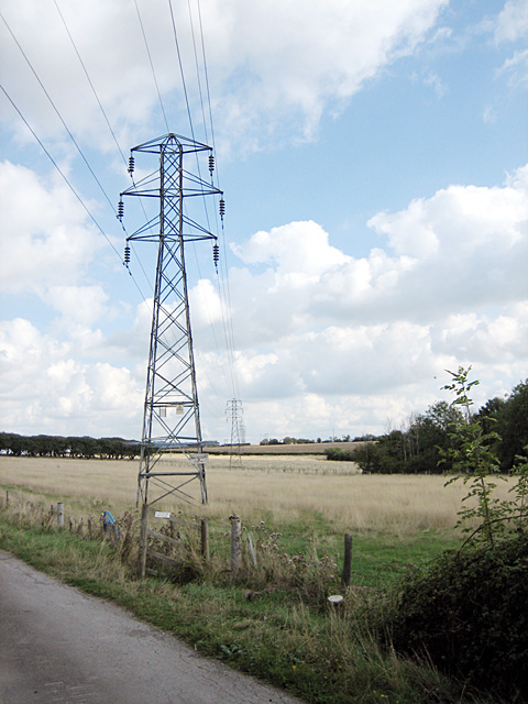 Pylons near Buckle Street