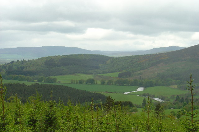 River Don meandering through Aberdeenshire