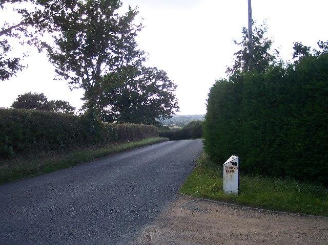 Milestone near Winsgrave Bungalows
