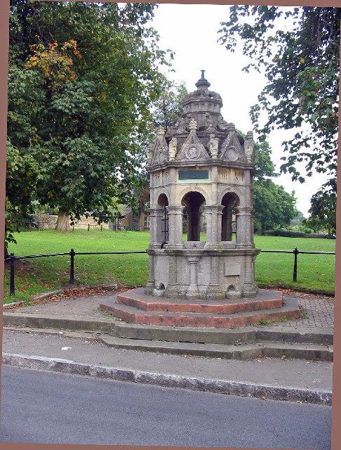 Charlbury fountain