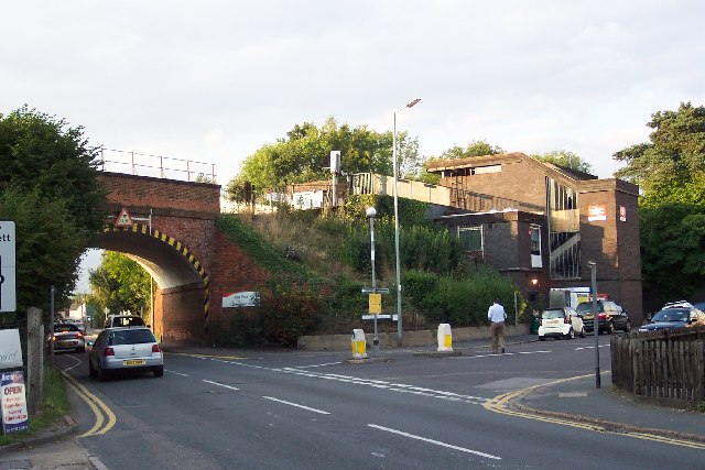Ash Vale station and bridge