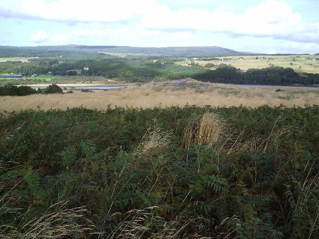 Carn Mor Broch beside Birchfield Farm