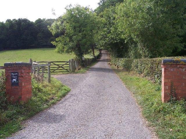 Entrance to Warren Farm.