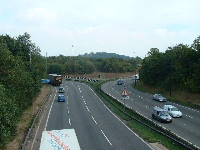 M32 - Junction with M4 (Junction 19)