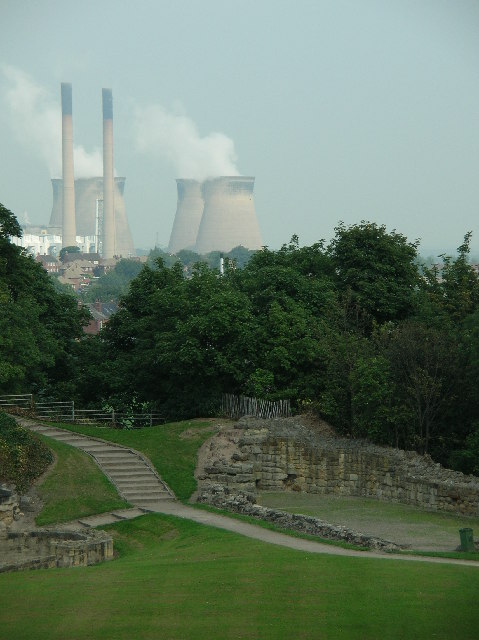 Pontefract Castle & Ferrybridge - Power ancient & modern