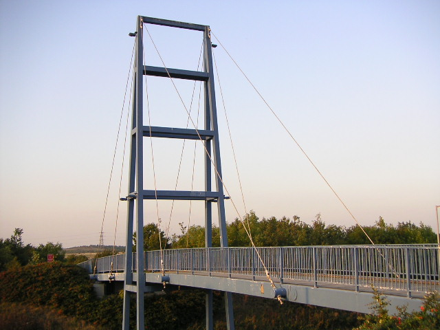 Blue Footbridge, Manvers Way