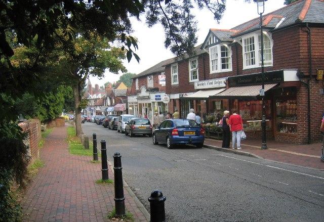 High Street Great Bookham Pip Rolls Cc By Sa 2 0