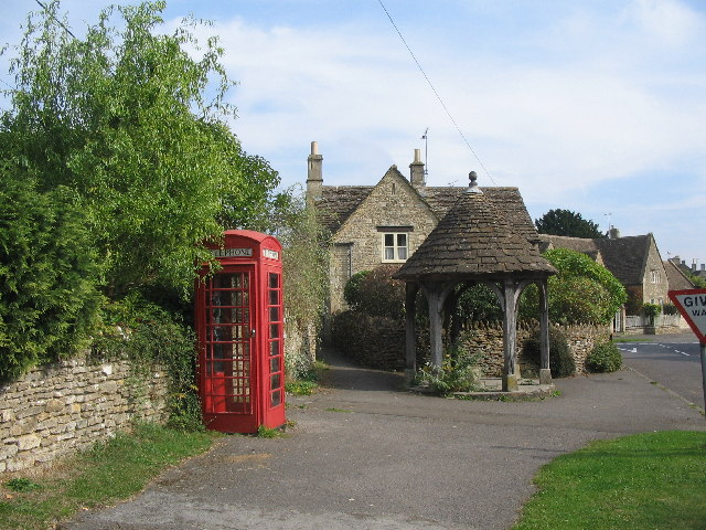 The waterpump at Biddestone.