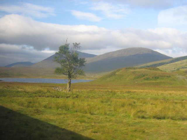 Loch Gowan with Carn Beag, right and Beinn na Feusaige, left