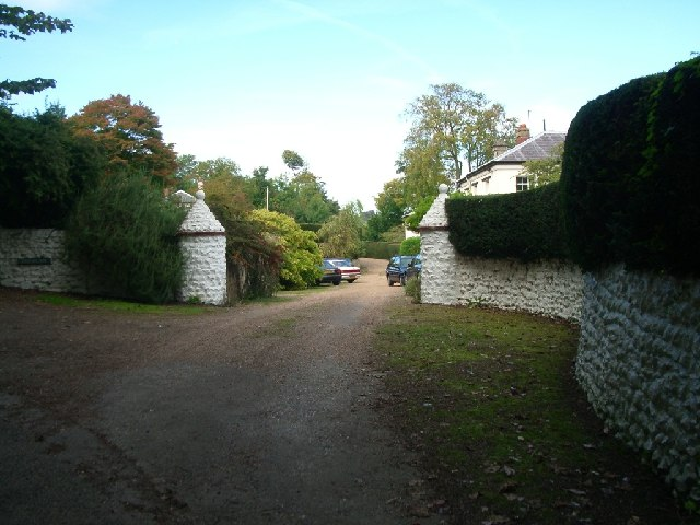 The entrance to Foxbury in Crabtree Lane