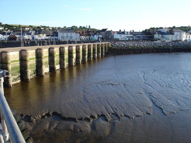 Watchet sea front, low tide