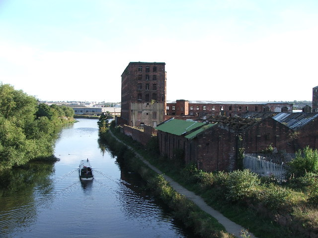 Hunslet Mills and the River Aire.