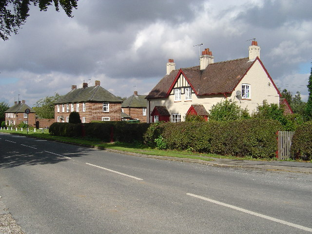 Estate houses at Sledmere