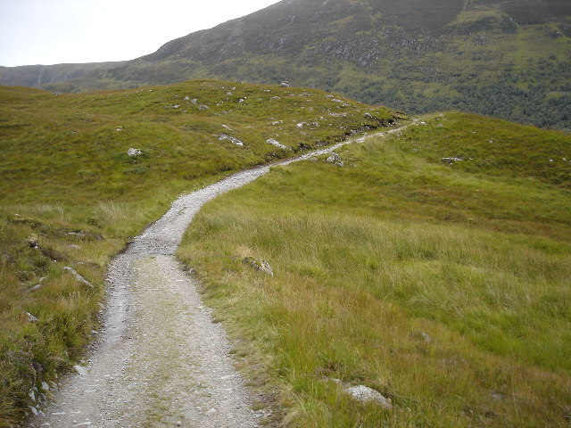 Track south of Loch Affric