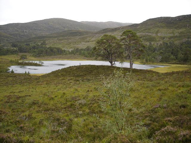 Loch Salach a Ghiubhais