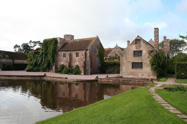 Stawley: Cothay Manor