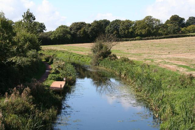 Sampford Peverell: Grand Western Canal at Holbrook Bridge