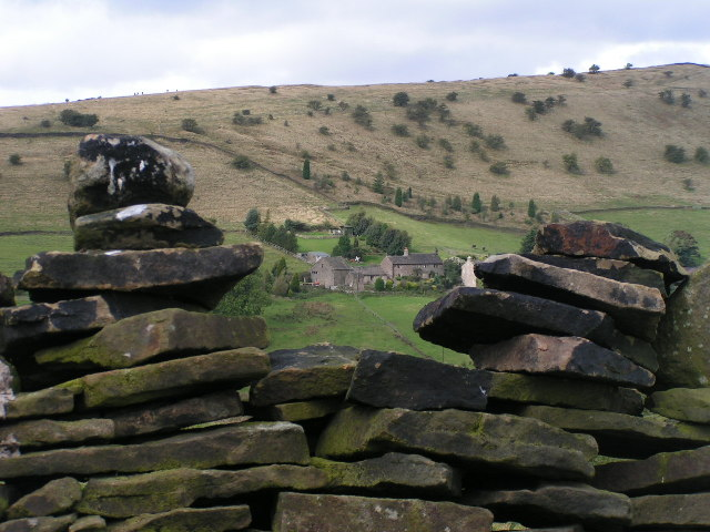 Higherfold Farm and Cown Edge