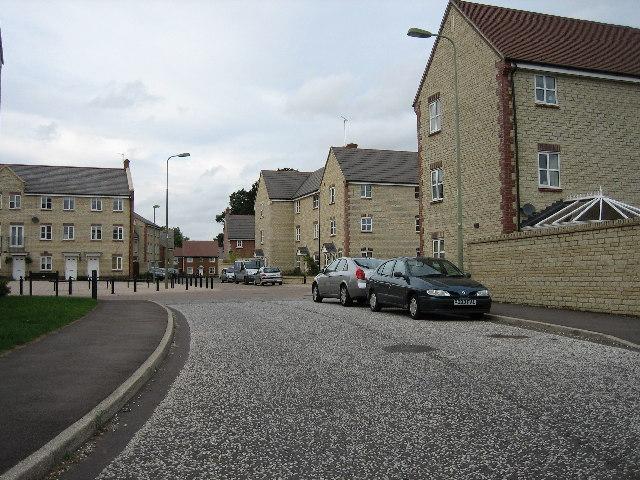 Mallards Way looking north towards Grebe Road