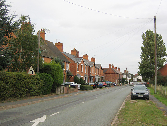 Salford Priors, South