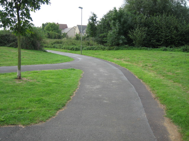 Path lying between Goldfinch Close and Corncrake Way looking south