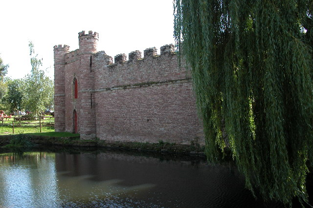 Bollitree 'Castle'