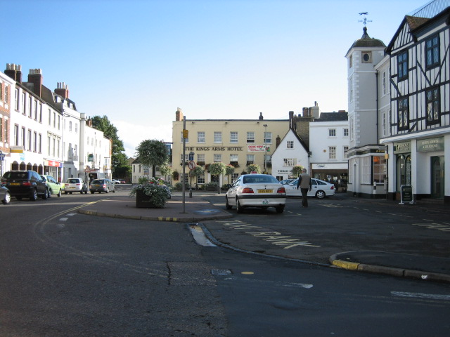 Kings Arms Hotel, Market Square