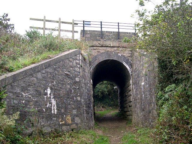 The mainline railway bridges Old Mill Lane