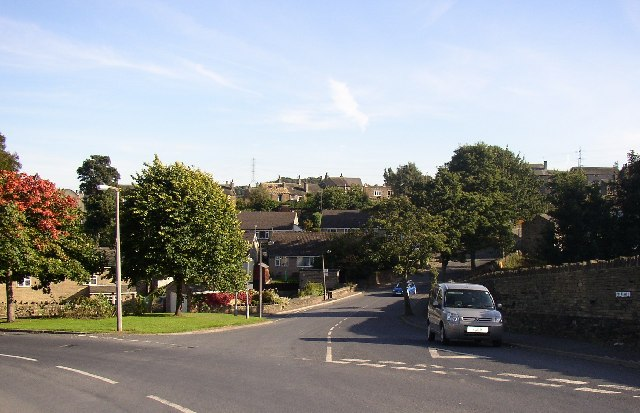 Junction of Delf Hill and Lower Edge Road, Rastrick