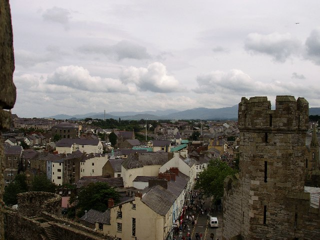 Caernarfon and northern Snowdonia