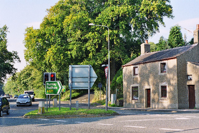 Junction on A671