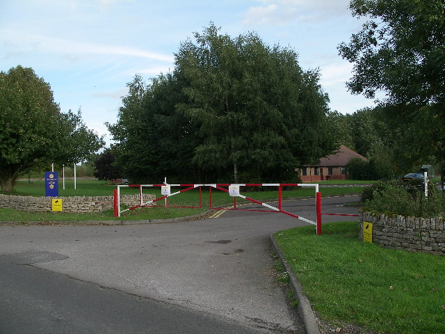 Entrance to Craftmatic UK, near Fyfield Wick.