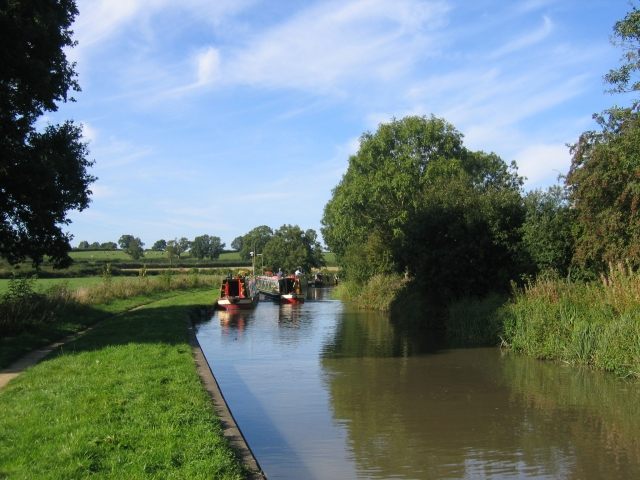 Moored narrow boats on the Oxford Canal