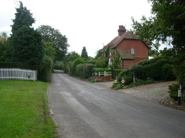 Mile House Cottages, Coldharbour Lane