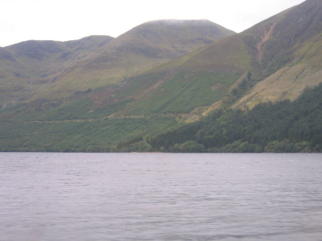 The eastern flank of Meall Dubh and Loch Lochy