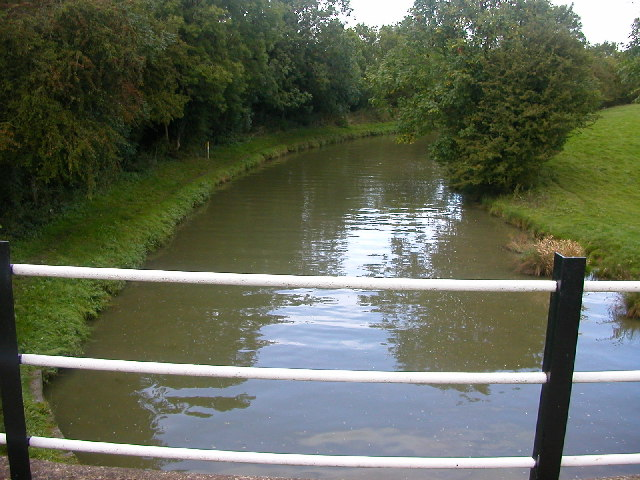 Crick - Grand Union Canal
