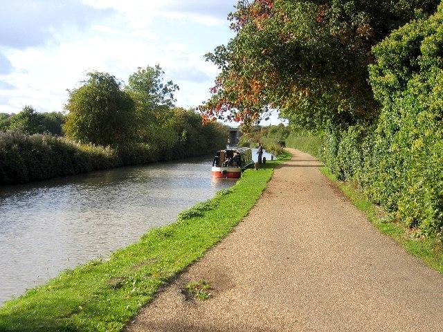 Stratford-upon-Avon Canal at Bishopton Lane