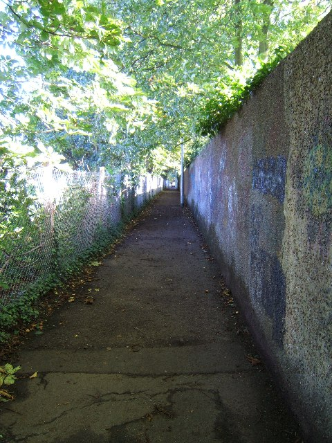 Footpath leading to Grange Road