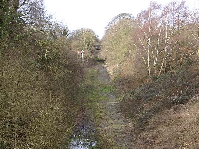 Mouldsworth old railway cutting