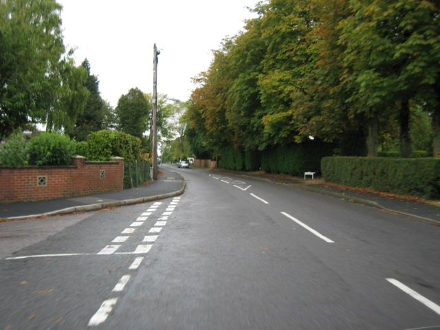 Downs Road looking east
