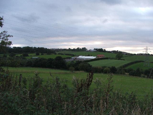 Farmland and farm near Gildersome.