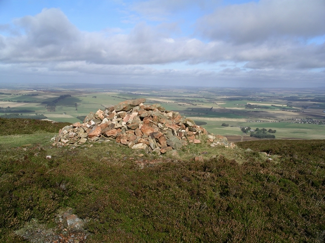 Cairn, Totherin Hill