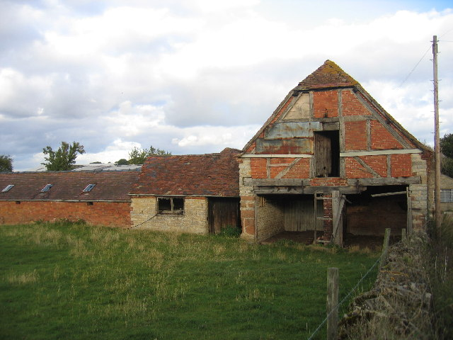 Dilapidated Barn, Billesley Manor Farm