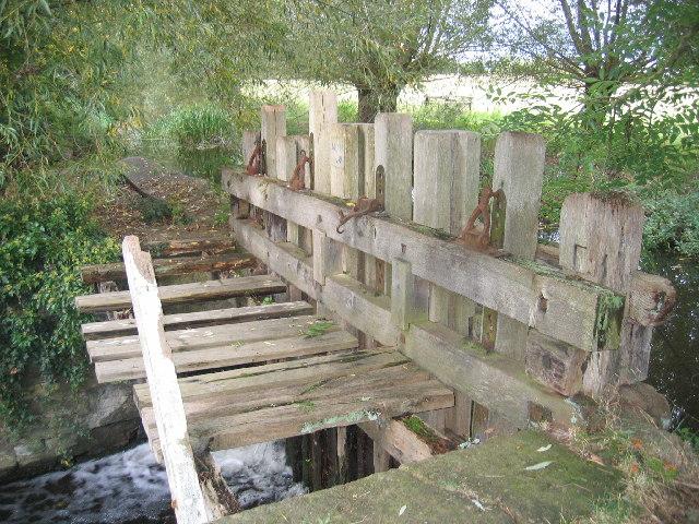 Mill sluice, Great Alne
