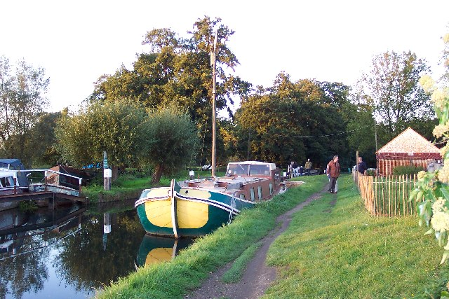 Worsfold Gates on the Wey Navigation