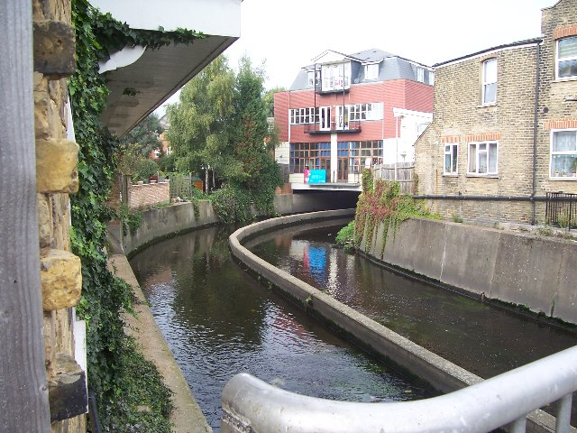 River Wandle, Strathville Rd, SW18